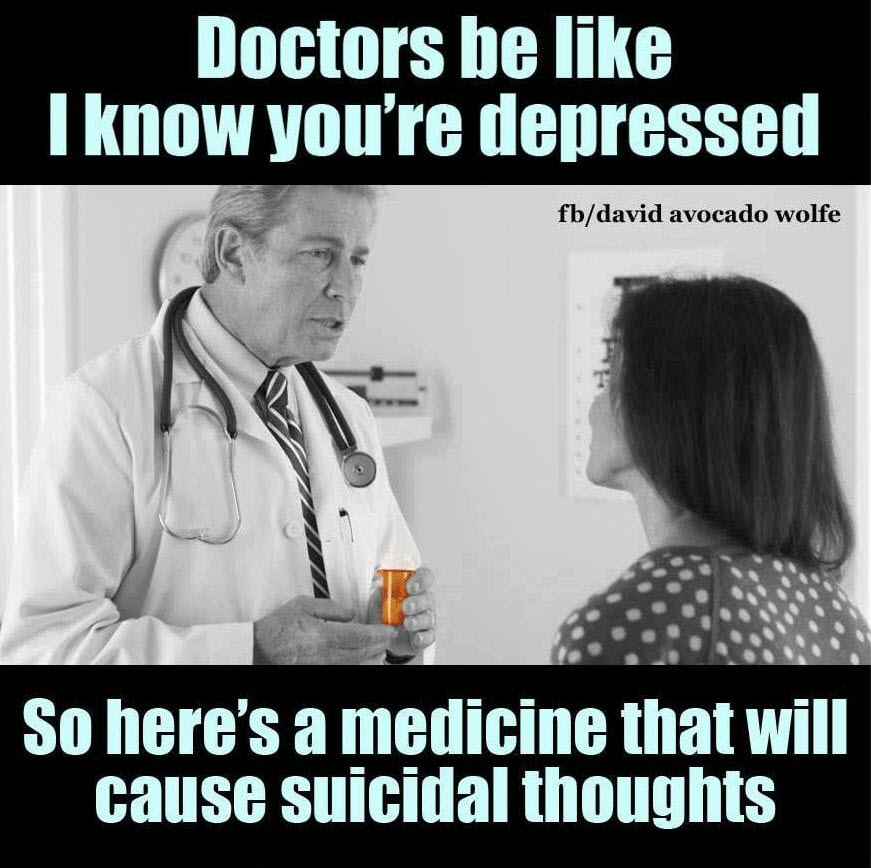 doctor prescribing opioid